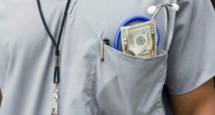 Do Nurses Get Paid for Clinicals?
