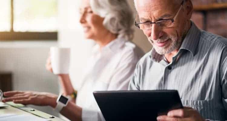 older nurses discussing their retirement