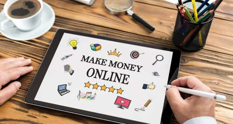 10 Legit Ways You Can Make Extra Money Online as a Nurse
