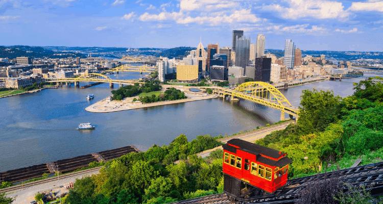 Skyscraper view of Pittsburgh, Pennsylvania