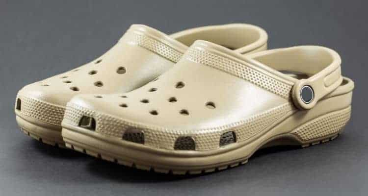 crocs nursing shoes